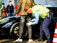 Amsterdamse politie gaat voorlopig niet preventief fouilleren