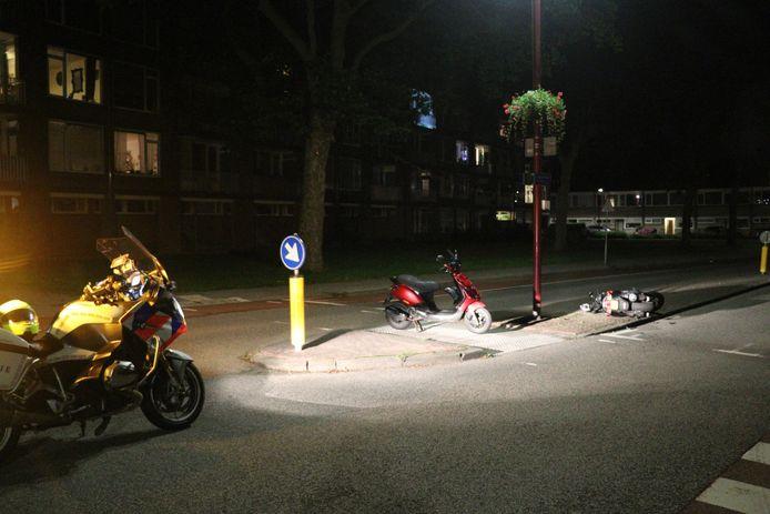 Gewonde nadat twee scooters op elkaar botsen in Nieuwegein.