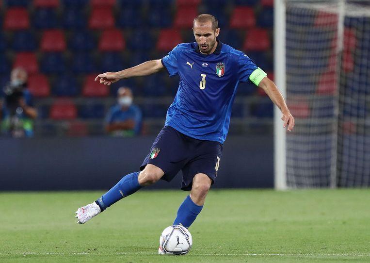 Giorgio Chiellini (36) is nog altijd de onvermoeibare centrale verdediger van de Italiaanse ploeg. Beeld Getty Images