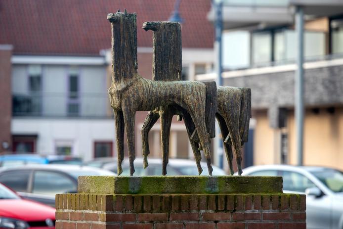 De 'Mythische Paarden' van Jac Maris in Gendt.
