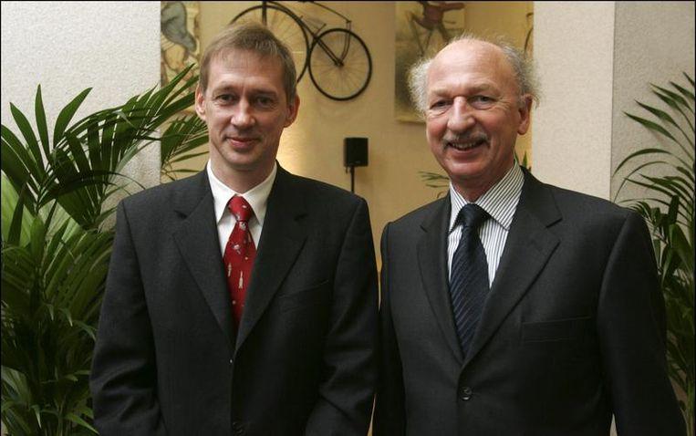 Frank De Winne en Dirk Frimout, de Belgische ruimtevaarders, in 2009. Beeld