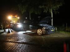 Brandweer stoeit met accubrand in Nijkerk