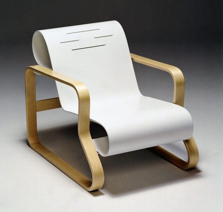 Aalto's Paimio-stoel uit 1932. Beeld Alvar Aalto Museum