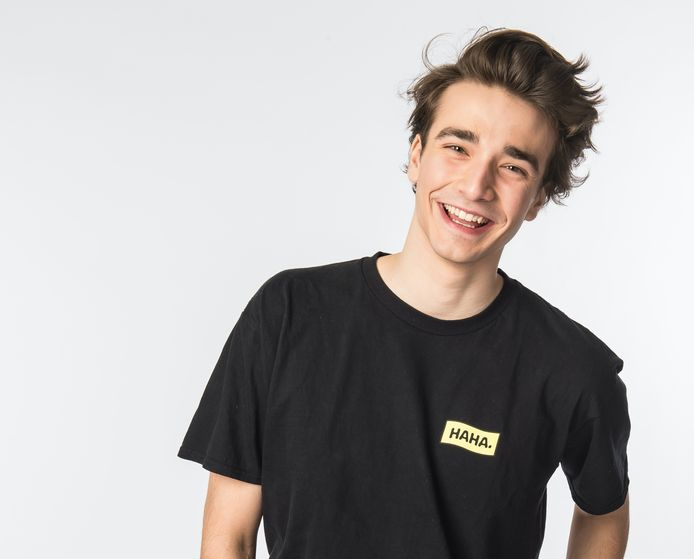 Aaron Blommaert wordt een nieuwe stem op radiozender MNM