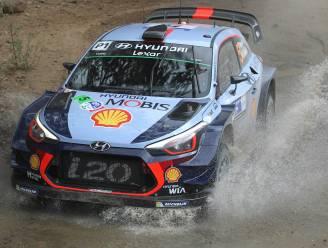 """Meeke leider in Mexico, Thierry Neuville derde na motorproblemen: """"Hopelijk onze portie pech gehad"""""""