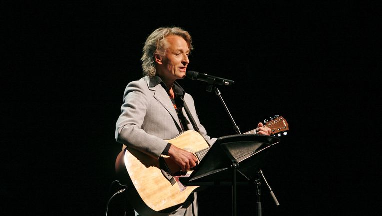 eroen van Merwijk trad op tijdens de hommage aan Jan Boerstoel naar aanleiding van diens afscheid als voorzitter van de Buma Stemra in 2006 Beeld ANP