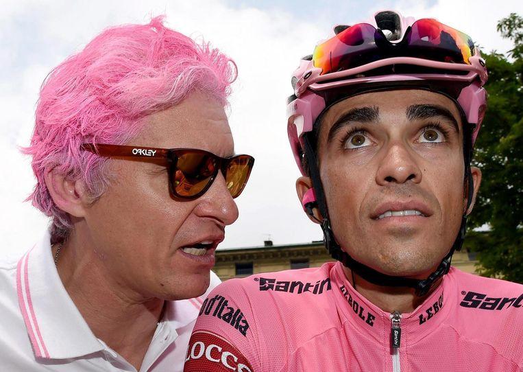 Oleg Tinkov met wielrenner Alberto Contador. Beeld afp