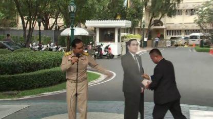 Bart De Wever wil net als Thaise premier kartonnen versie van zichzelf om vragen van journalisten te ontwijken