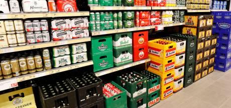 Stuntprijzen voor alcohol aan banden, maar 'happy hour' in kroeg blijft