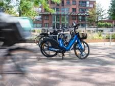 Na elektrische deelscooters en -auto's gaan ook elektrische deelfietsen rijden in Den Bosch