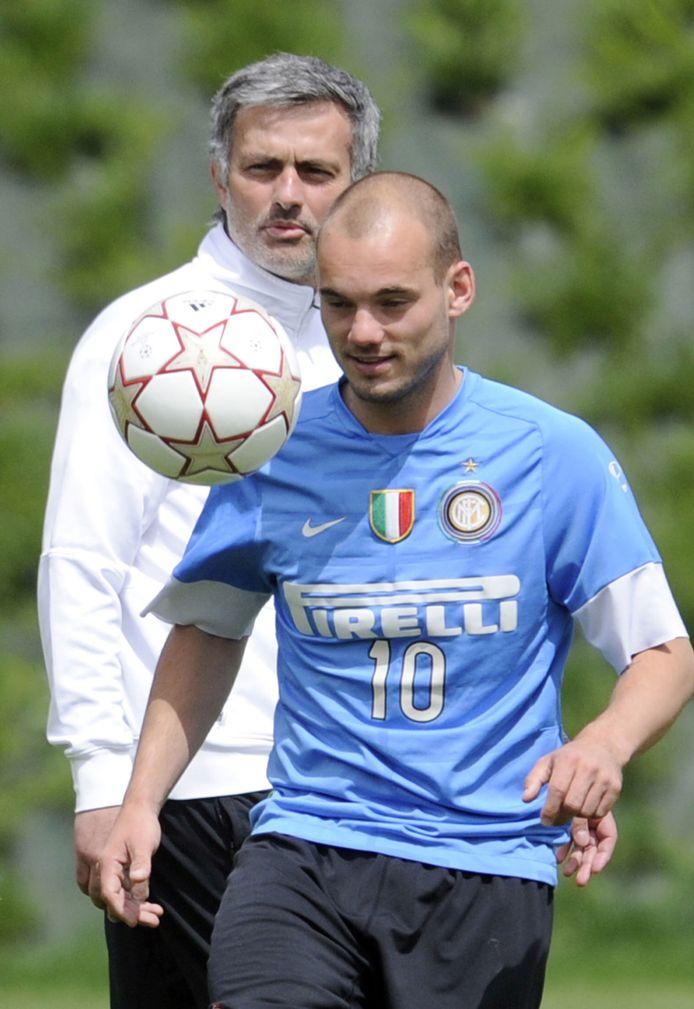 Sneijder en Mourinho bij Internazionale.