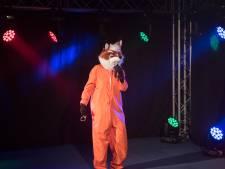 Almkerk maakt eigen versie van tv-hit The Masked Singer: 'Geweldig als er bij de kassa van Albert Heijn over wordt gesproken'