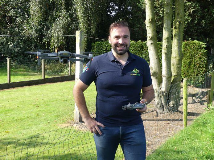 Glenn De Cuyper met zijn drone.