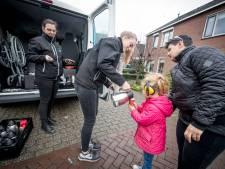 'Vuurwerkbus' rijdt weer in Wierden en Hellendoorn