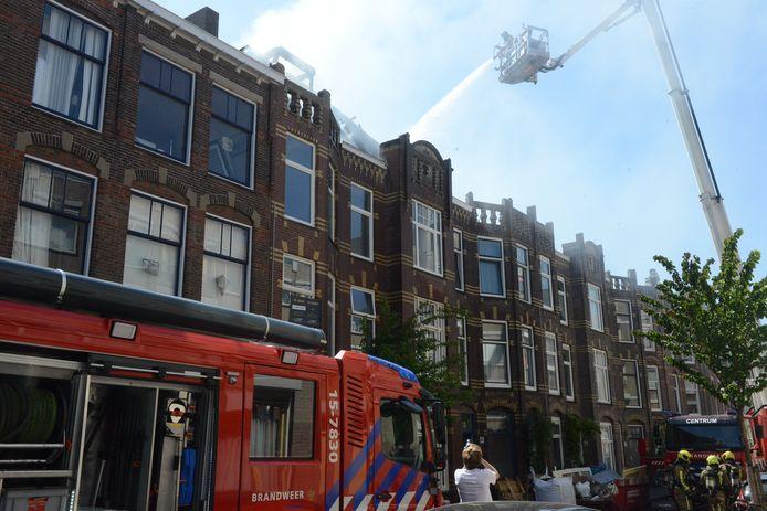 Hulpdiensten waren snel nadat de melding was gemaakt aanwezig in de Voltastraat.