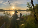 Catharina Driessen schildert de zonsopgang op de bewuste plek.