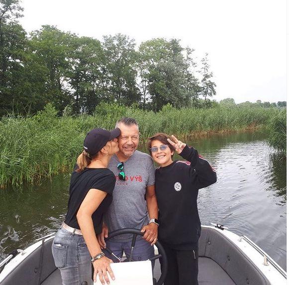 Birgit met haar man en zoon.