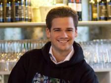 Mike (24) maakte een aparte keuze: hij werd geen advocaat, maar begon met 'Pokebowlers'
