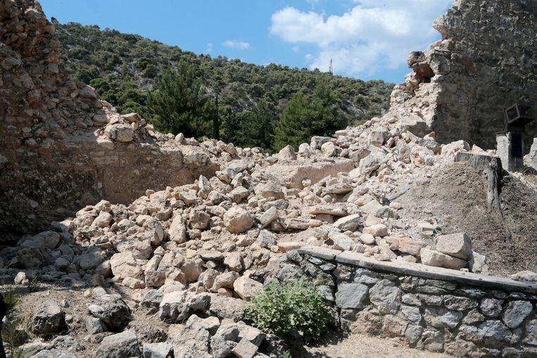 Schade van de aardbeving op 19 juli in de Griekse hoofdstad Athene.