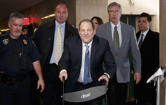 Harvey Weinstein in de rechtbank in New York waar hij al eerder werd veroordeeld.