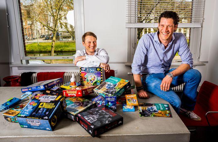 Directeur Jeroen Nugteren (links) en 'spelletjesbedenker' Jan Maurits Duparc van Identity Games proberen ook in deze coronatijd hun motto waar te maken: Let the fun take over!