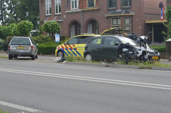 De scooter is flink beschadigd bij het ongeval.