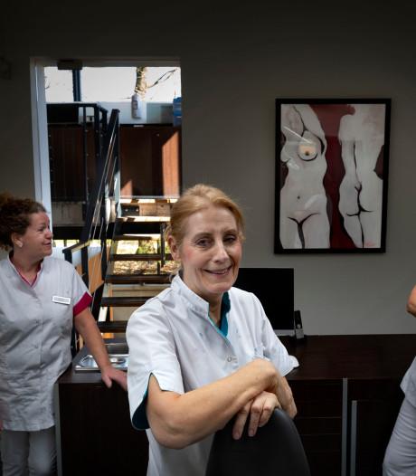 Na 38 jaar als tandarts in Veldhoven meer tijd voor Spaanse les