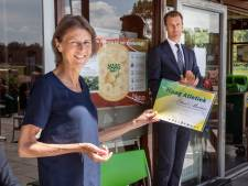 Ernstig zieke Haagse hardloopster Liliane Mandema geëerd: 'Al die complimenten, teveel eigenlijk'