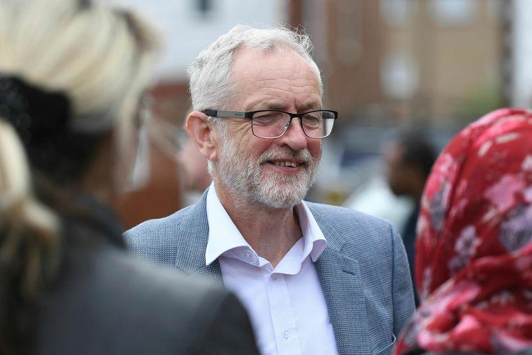 'Labour-leider Jeremy Corbyn heeft een eerder eurokritische voorgeschiedenis en blaast warm en koud over een nieuw referendum omdat zijn achterban verdeeld is.' Beeld AP