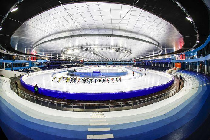 Een trainingswedstrijd eerder deze maand in een leeg Thialf. Ook tijdens het komende NK afstanden zijn toeschouwers niet welkom in de Friese schaatshal.