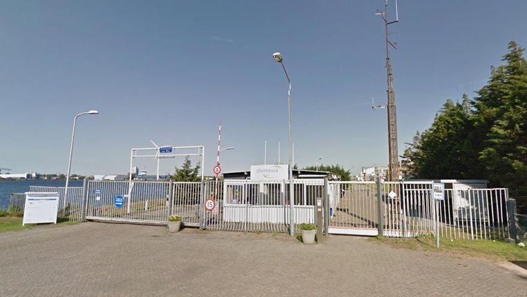 Chemiebedrijf Lanxess gaat zijn fabriek in Amsterdam sluiten. Beeld Google Streetview