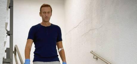 """Navalny raconte son difficile retour à la vie: """"J'ai les jambes qui tremblent quand je prends l'escalier"""""""