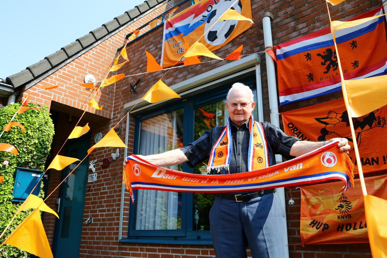 Arie van der Stelt uit Nieuwendijk, zijn huis is er klaar voor, hijzelf ook.