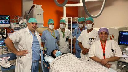 """Evy (31) krijgt na tien hartoperaties revolutionaire pacemaker: """"In februari werd ik nog voor de ogen van mijn 13-jarige dochter gereanimeerd"""""""