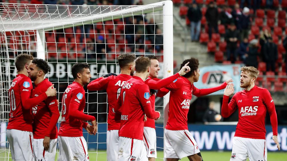 Swingend AZ heeft geen kind aan onthutsend zwak PEC Zwolle