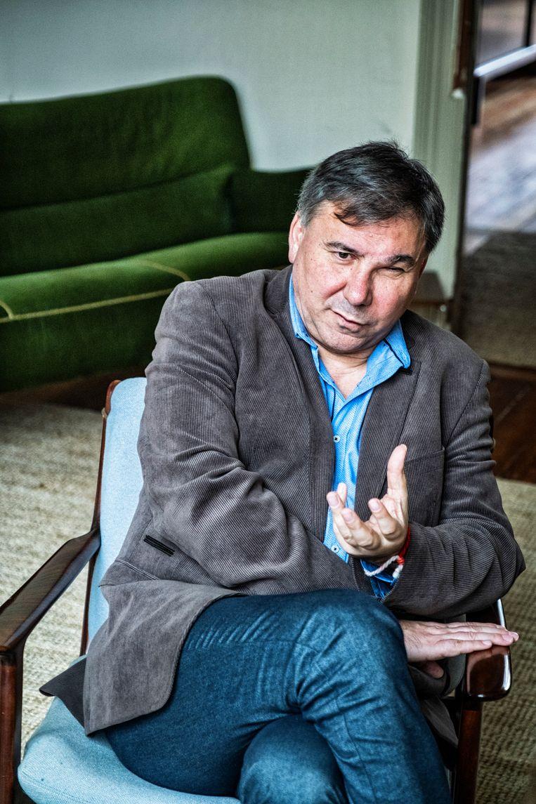 Ivan Krastev: 'We mogen ons niet laten behandelen als een soort spaarbank waaruit elke agressieve krijgsheer cash kan komen halen.' Beeld Tim Dirven