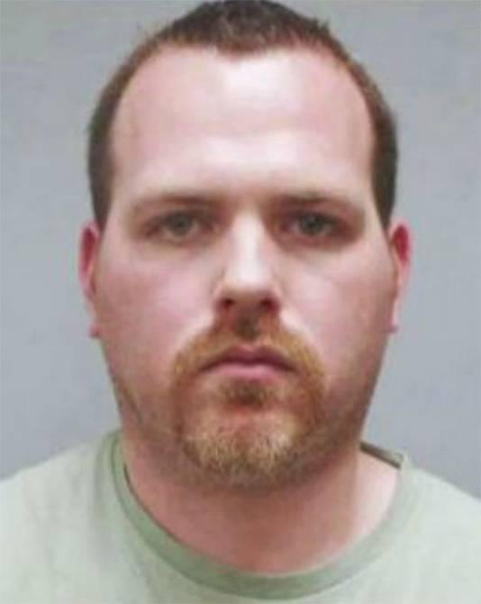 James A. Bates pleit onschuldig voor de moord op Victor Collins.