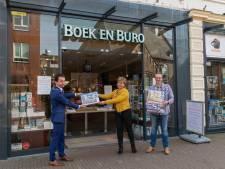 Zevenaar in duizend stukjes: burgemeester krijgt eerste legpuzzel