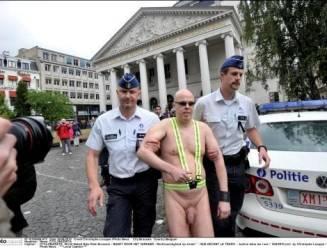 Brusselse politie pakt twee naaktfietsers op