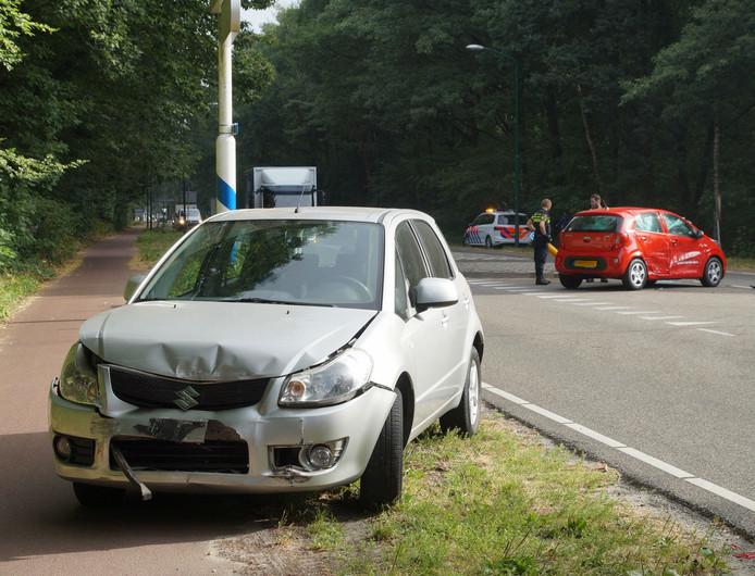 Ongeluk op kruising in Loon op Zand.