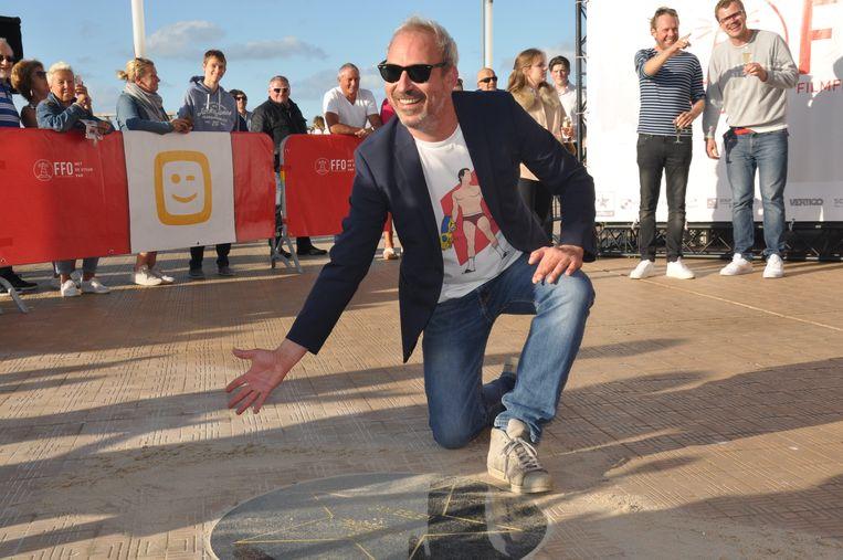 Jan Eelen onthult zijn ster op de Walk of Fame op de zeedijk van Oostende.