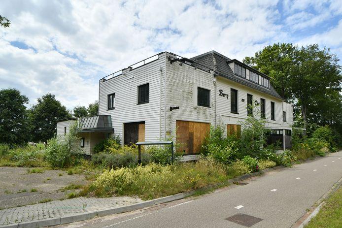 Om de verpaupering van panden tegen te gaan zoals dat gebeurde bij het voormalige hotel Berg en Dal in De Lutte heeft de gemeente een aantal duidelijke handhavingsrichtlijnen opgesteld.