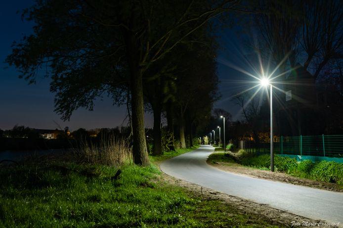 Het jaagpad langs de Leie heeft nu overal duurzame LED-verlichting