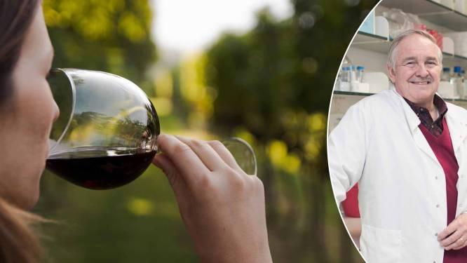 """Britse prof bestempelt alcohol als puur vergif: """"Eigenlijk drink je het best niet meer dan 2 glazen wijn ... per jáár!"""""""