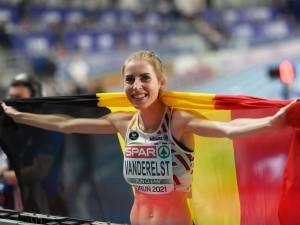 """Elise Vanderelst championne d'Europe du 1.500m: """"Une course de rêve"""""""