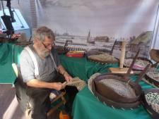 Walmende potkacheltjes en geur van gebakken vis op Biesboschdag