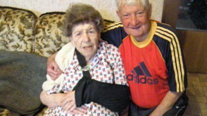 88-jarige vrouw breekt arm op slecht voetpad