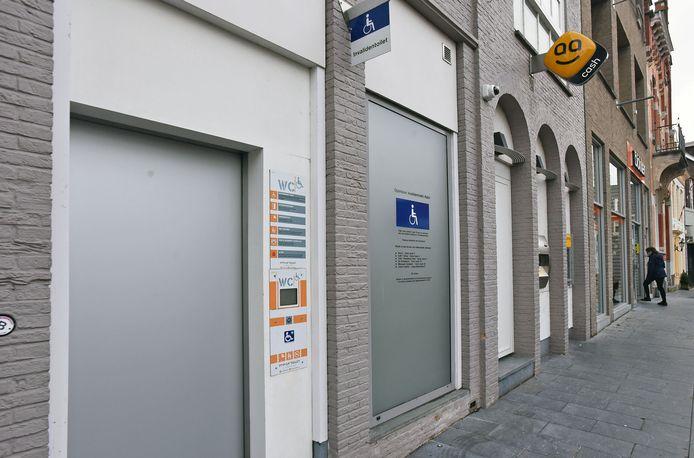 Het invalidentoilet in Hulst.