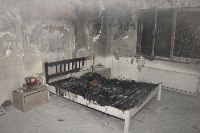 Er stond onder andere een matras in brand
