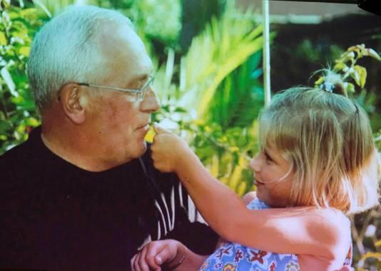 André met één van zijn kleindochters.